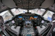 Boeing 787-8 Dreamliner flight deck